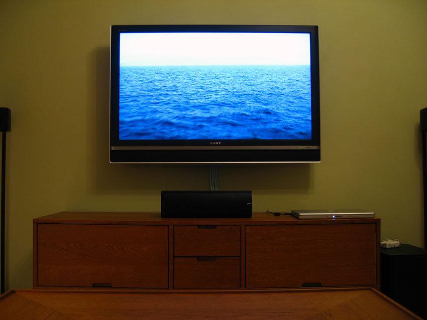 TV på väggen och ny mediadator