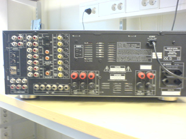AVR3000 / baksidan