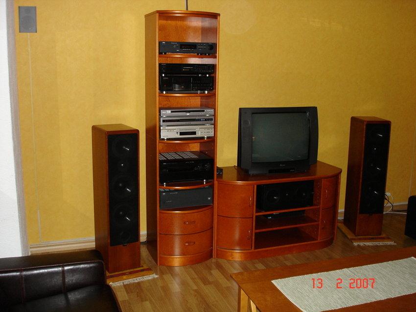Jag vet, tvn är gammal och liten men fungerar! En av dom första 100hz