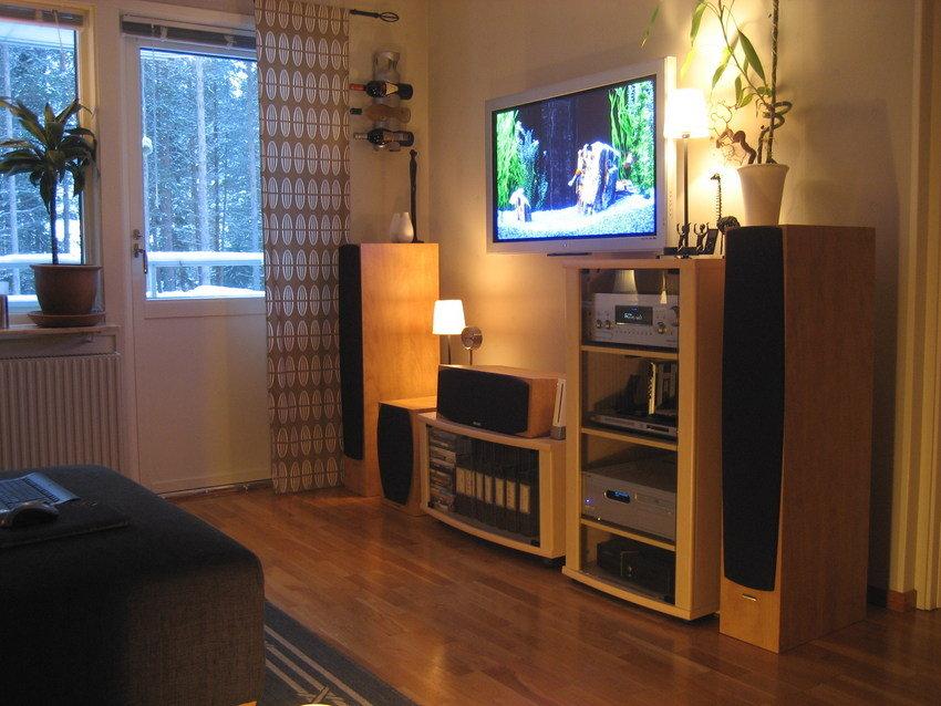 Gammal bild på fronten innan TV-bytet