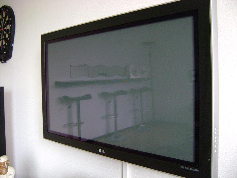 "Min 42"" Plasma TV"