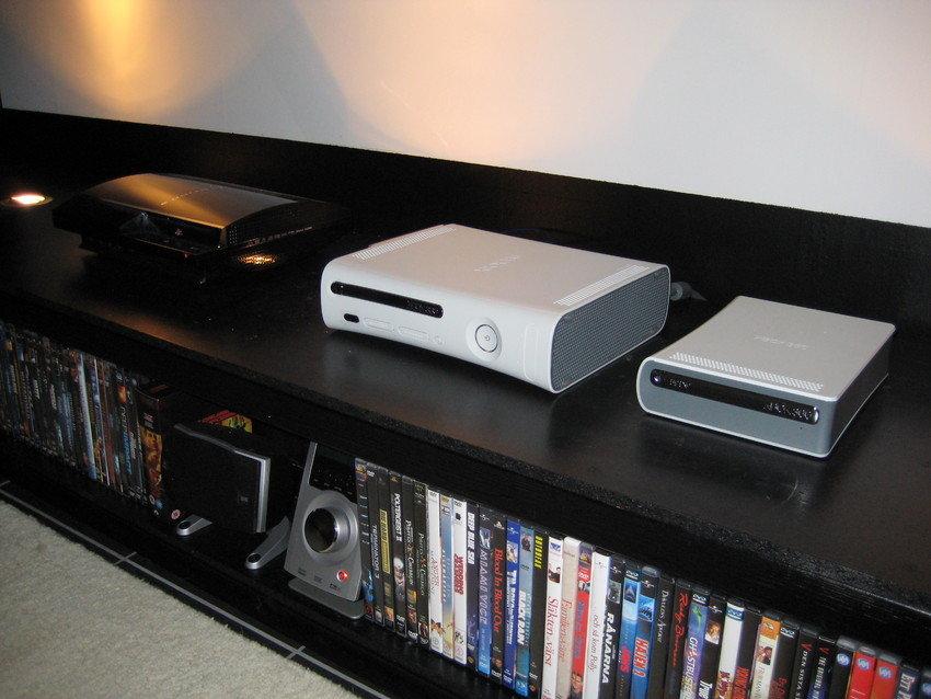 Playstation 3 och XBOX 360 är ett måste.