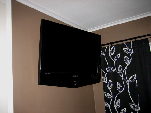 "32"" Tv:n i sovrummet"