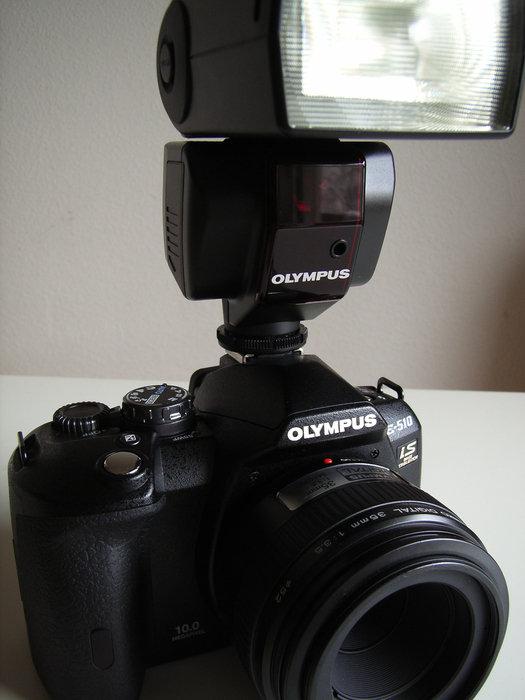 Olympus E-510 med macrot 35mm f/3,5 och blixten FL-36