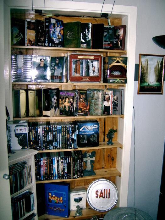 Fler dvd boxar, även sagan om ringen saker som böcker mm finns