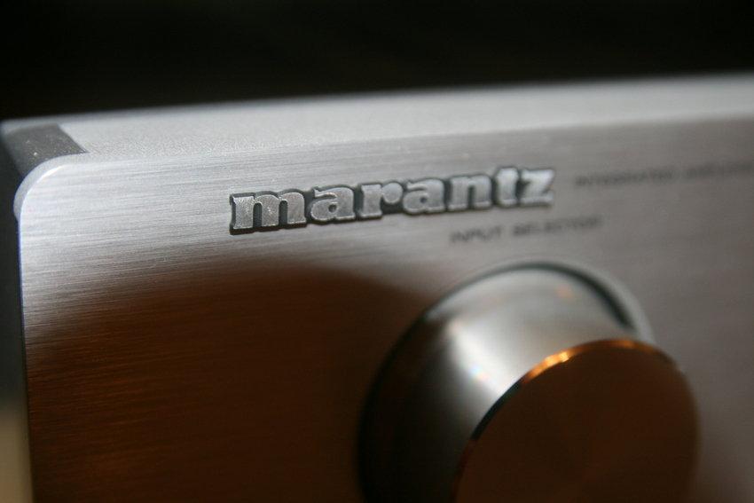 Marantz PM7001