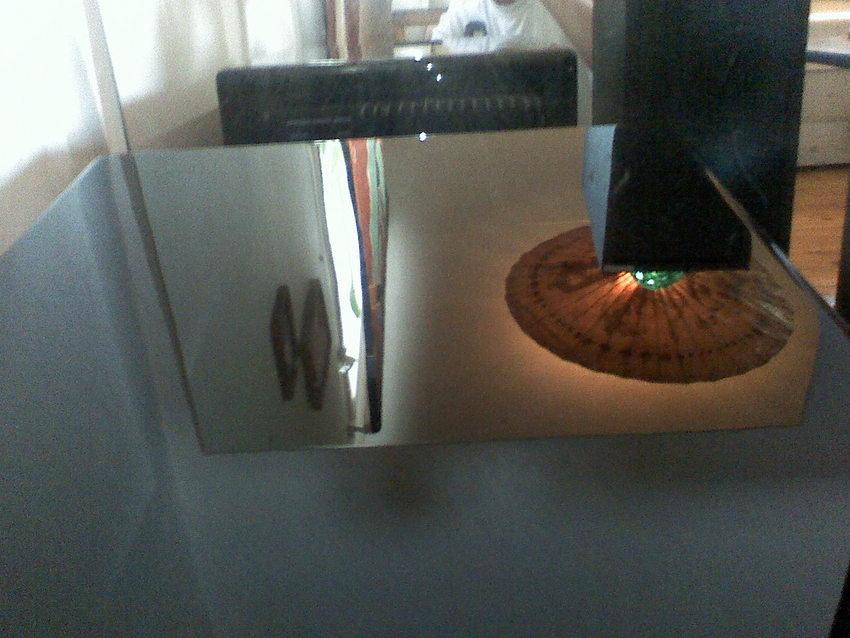 Spegel-blankt på subben