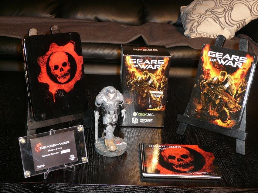 Gears Of War Limited Collector's Edition !!