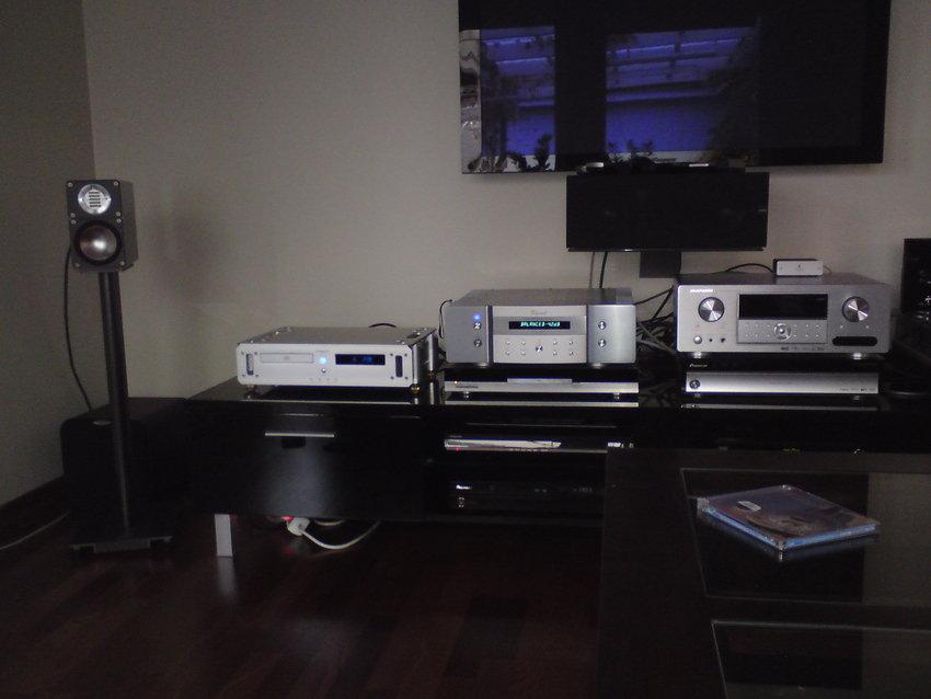 Vincent SV-234 och H/K HD970 är numera sålda.