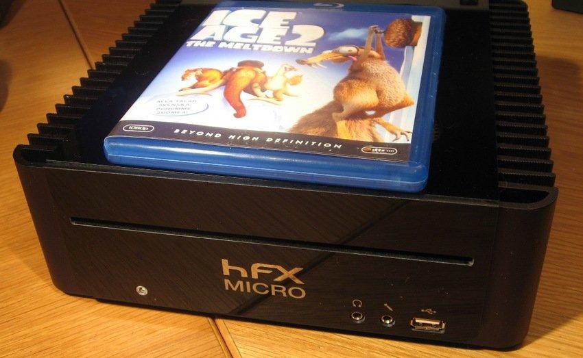 HFX Micro M2 (quad core, Intel G45, Blu-Ray slotin