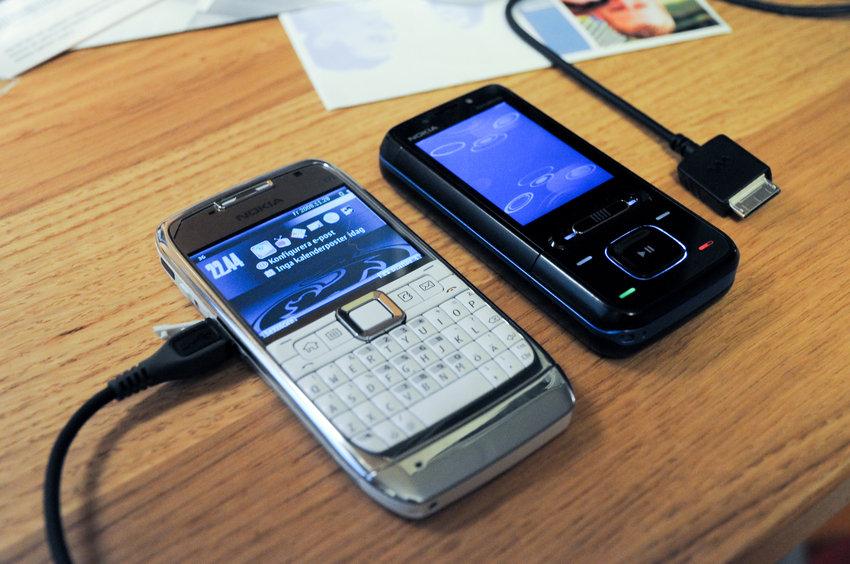Nokia E71 + Nokia 5610 XpressMusic