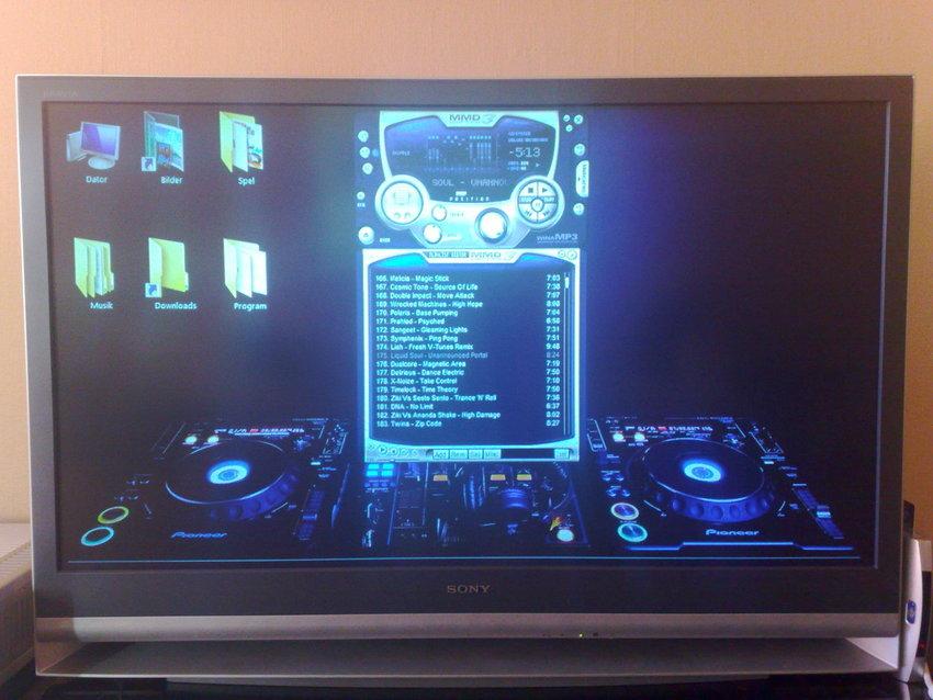 Nya laptopen kopplad till tv'n