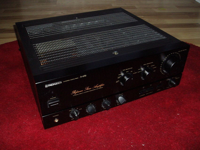 Pioneer A-656 Reference Stereo Amplifier