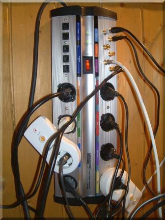 Monster HST 1000 strømfilter og overspenningsvern