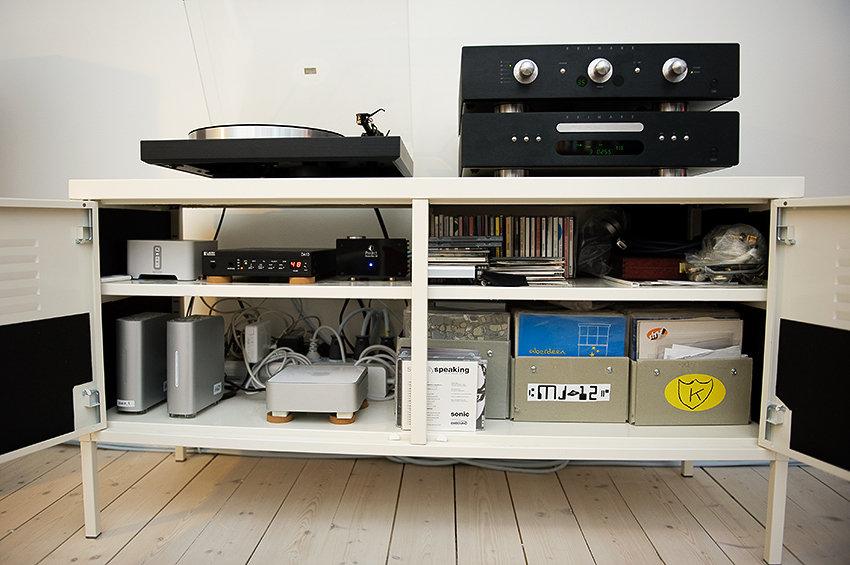 Singlar, sladdar, mac mini som driver Sonos och annat som är bra att ha...