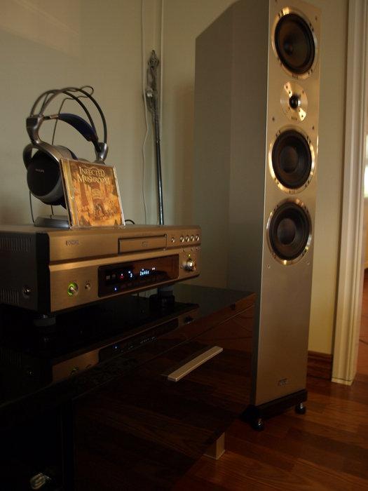Stora högtalare = Stort ljud !!!