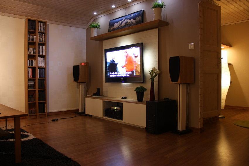 mycket  nöjd med den nya tv bänken