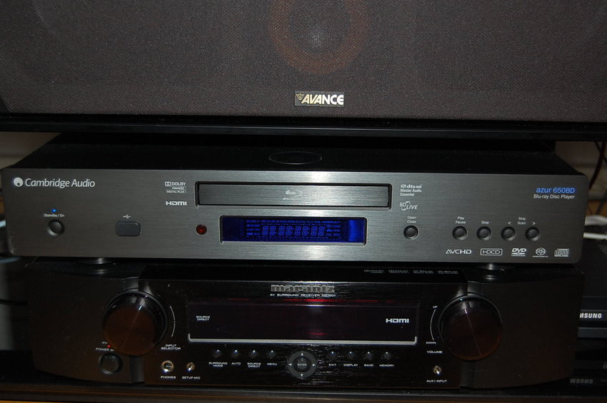 Avance Center, Cambridge Audio Azur 650BD och Marantz NR1501