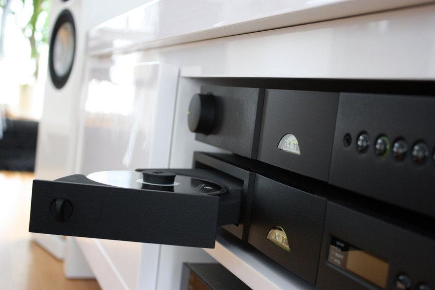 CD-spelaren med den härliga handdragna mekaniken.