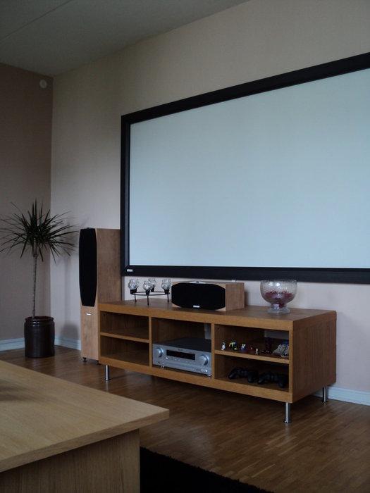 TV-bänk från MIO