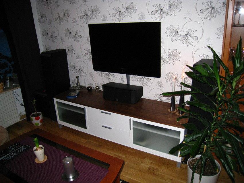 Vardagsrummet - Nya hemmabion installerad