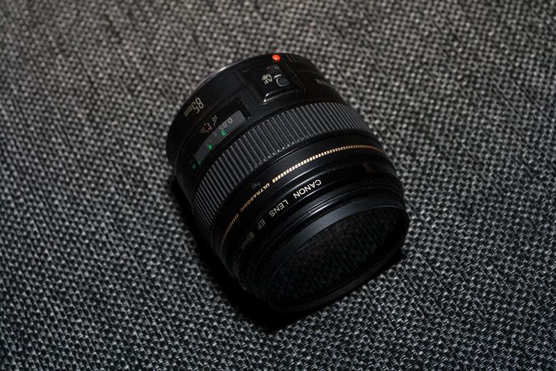 Canon EF 85 1.8