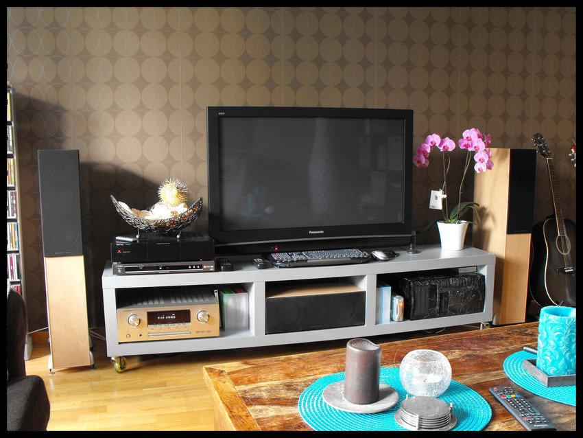 Sista hyres-lägenheten. (2009)