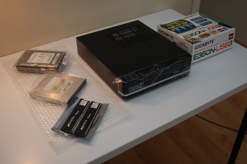 AMD Fusion E350 (Gigabyte)