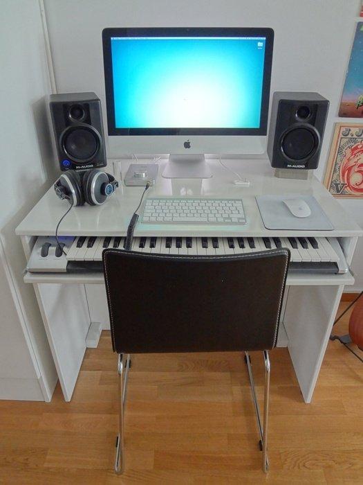 En liten musikstudio är bra att ha.