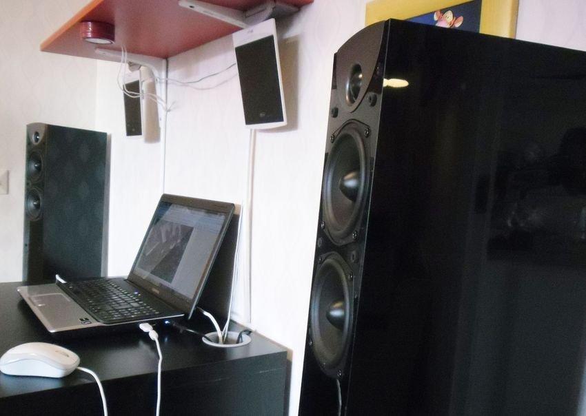 Datorn har även den en stereo