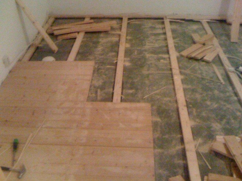 Bort med det gamla golvet