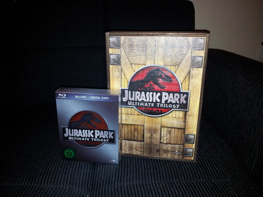 Jurassic Park Ultimate Trilogy. Special Edition in Limited Wooden Box!