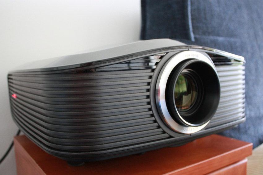 Projector Optoma HD82