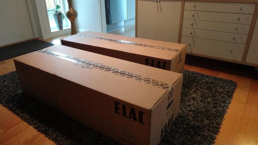 ElacA FS248 nyss hemkomna från Ref Audio.