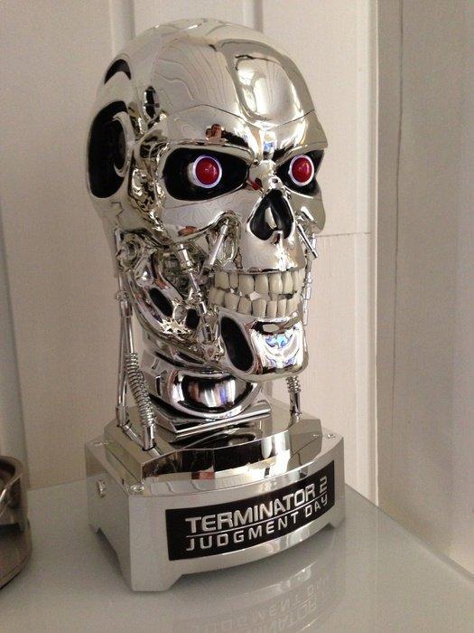 T-800 Endoskull Skynet Edition