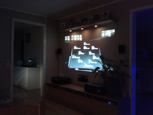 Bytt förstärkare, datorchassi o skaffat hdmi switch + trådlös hdmi till pc skärmen på väggen