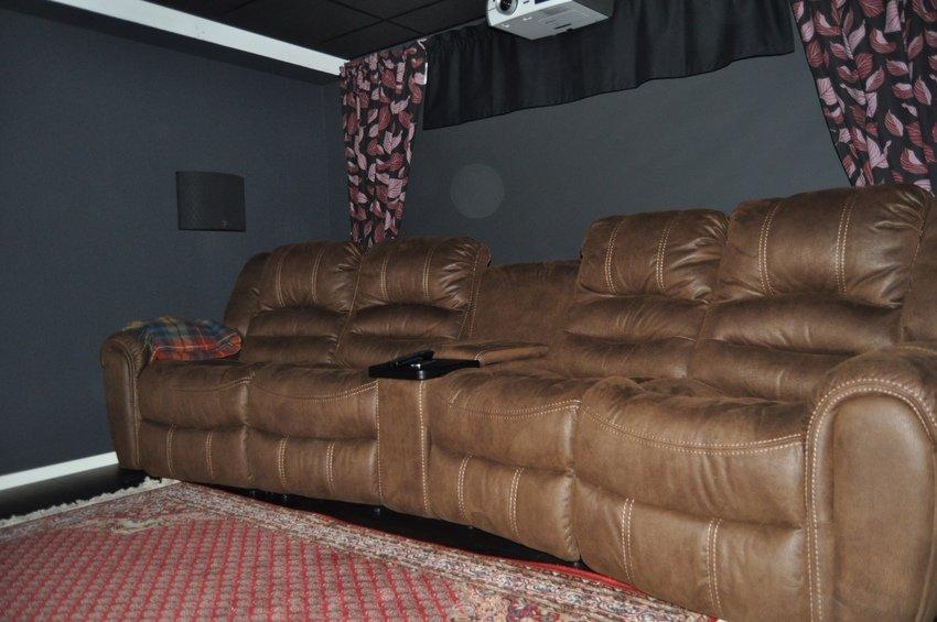 En bild till på soffan