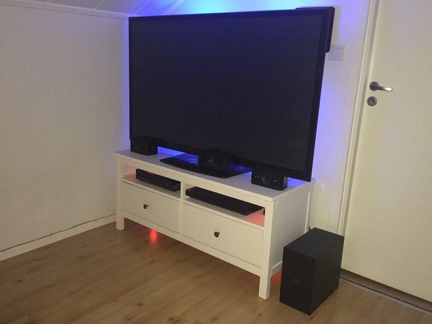 TV med tillbehör