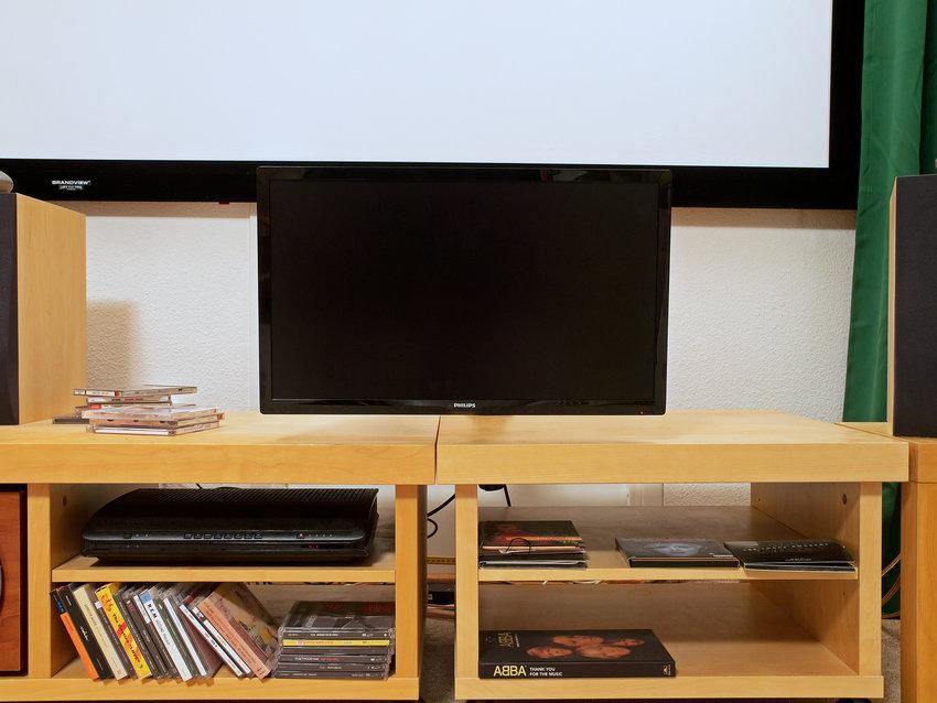 """22"""" TV och TIVO-digitalbox"""
