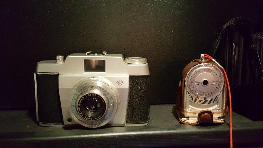 """Fars kamera från 50"""" talet plus ljusmätare"""