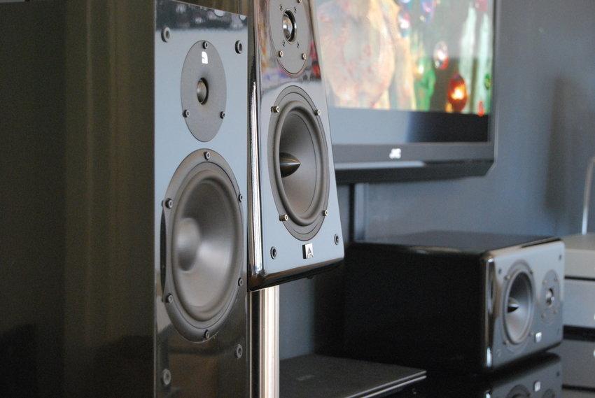 Audio Pro Black Diamond är väldigt underskattade.  xtz likaså!