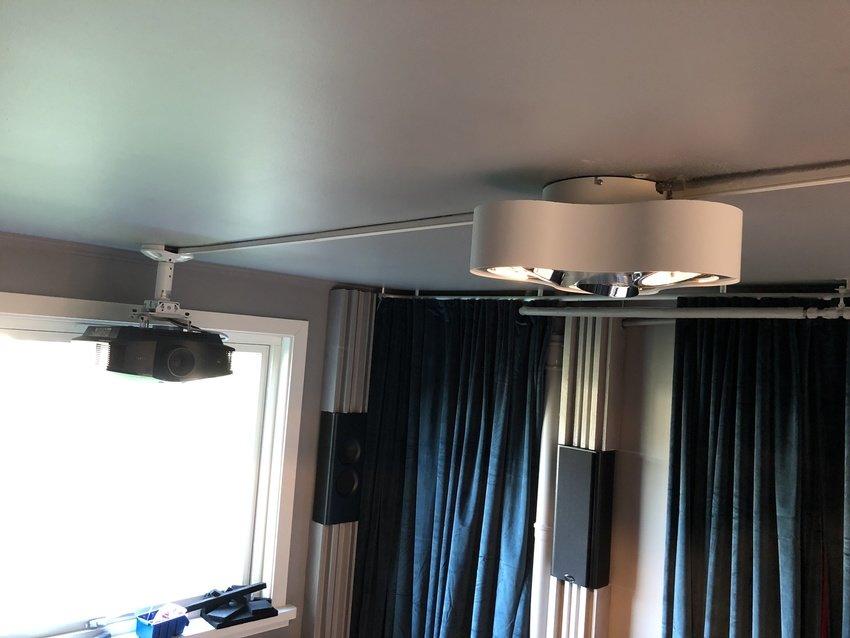 Lampa & Projektor