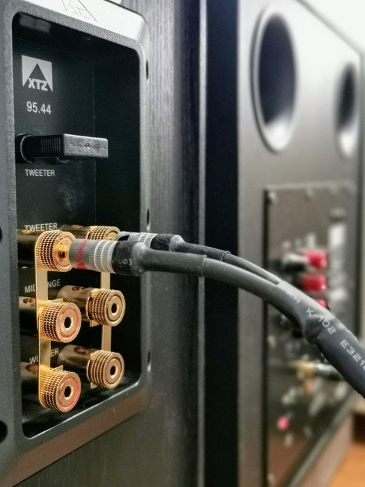 XTZ 95.44 terminal, med DIY högtalarkabel