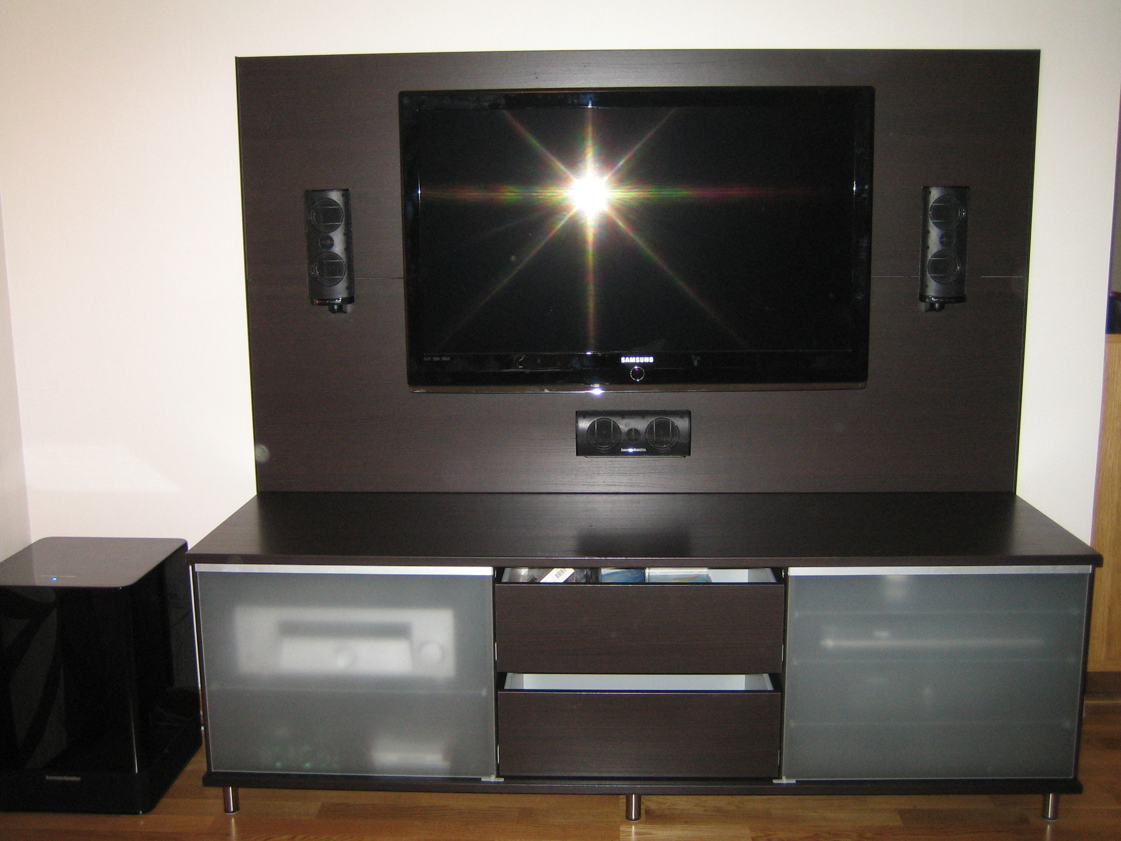 clas ohlson tv stand