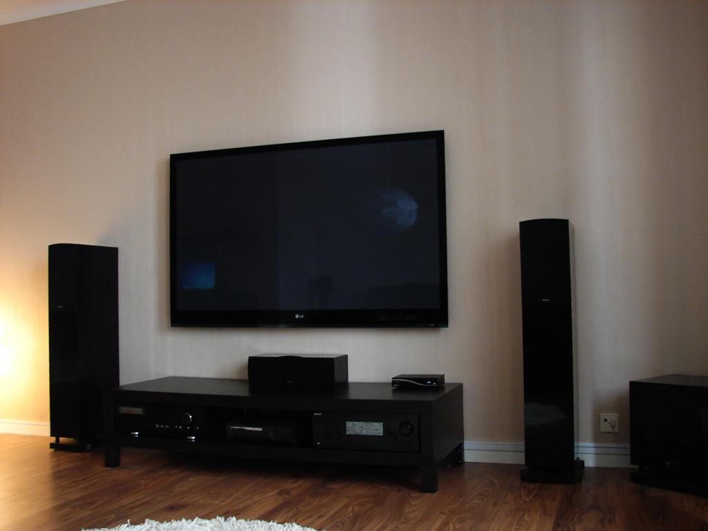 bilder av ikea lack tv benk hifi m bel. Black Bedroom Furniture Sets. Home Design Ideas
