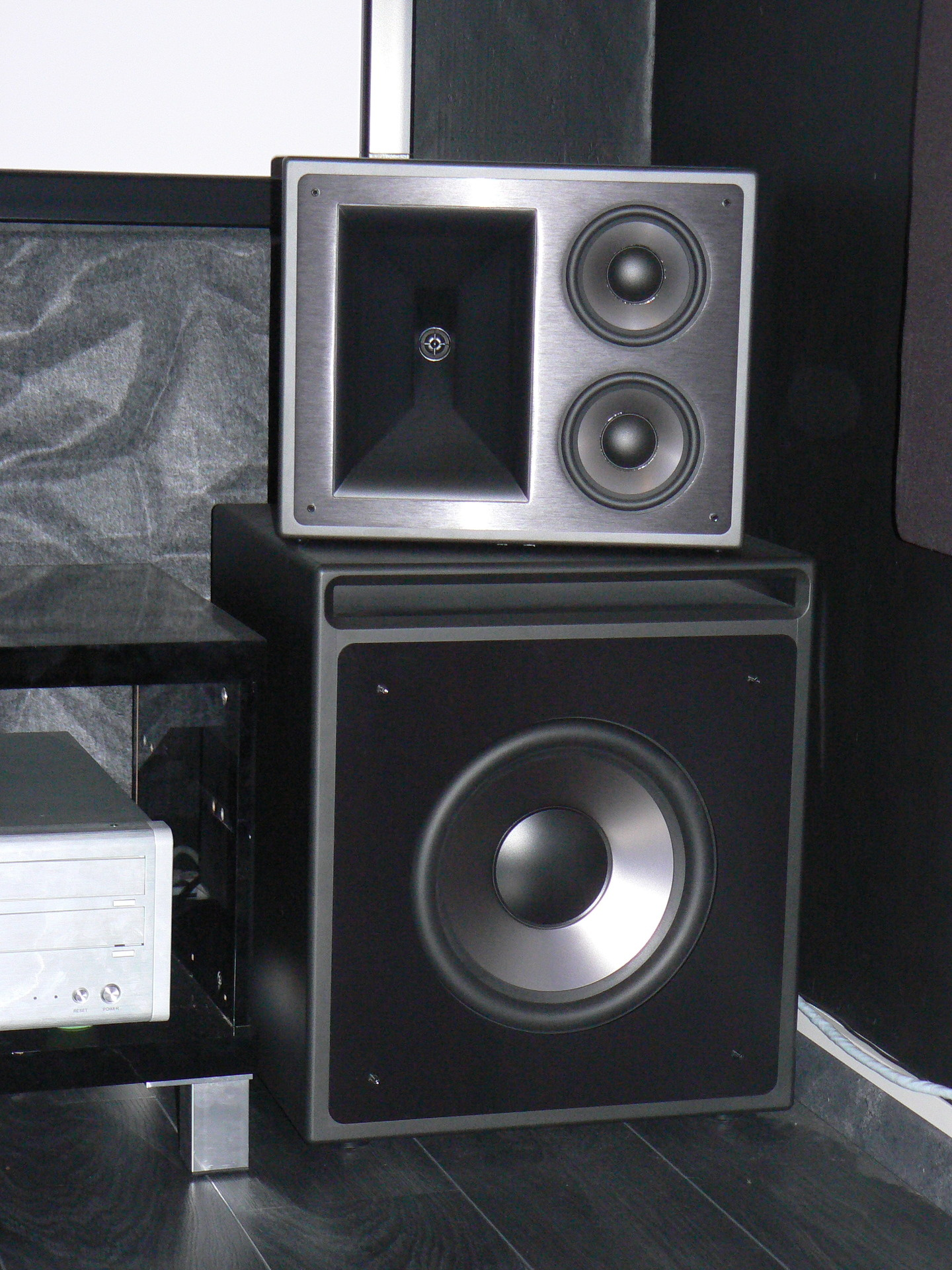 images of klipsch kw 120 thx subwoofer. Black Bedroom Furniture Sets. Home Design Ideas
