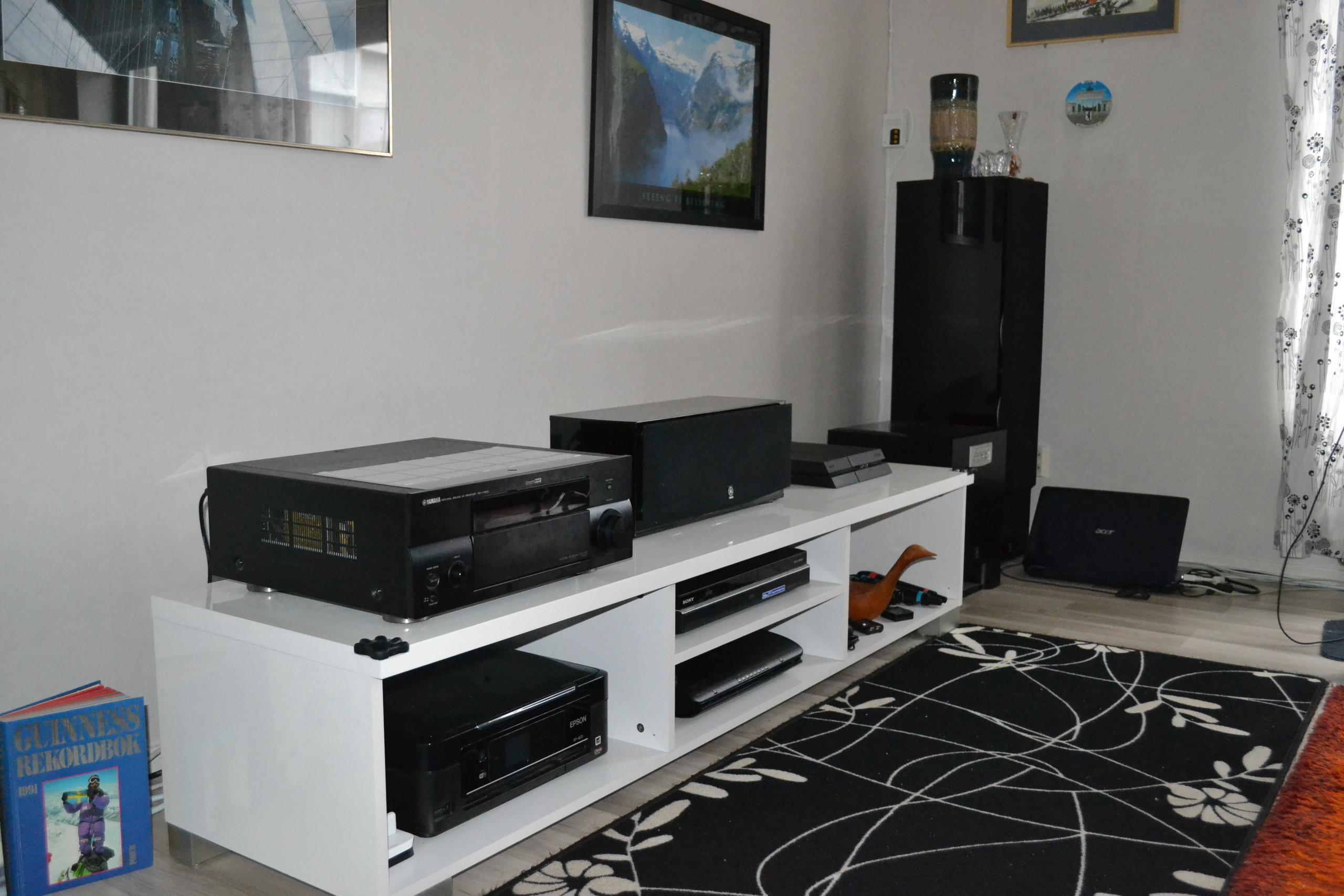 bilder p yamaha yba 10 dockningsstation. Black Bedroom Furniture Sets. Home Design Ideas