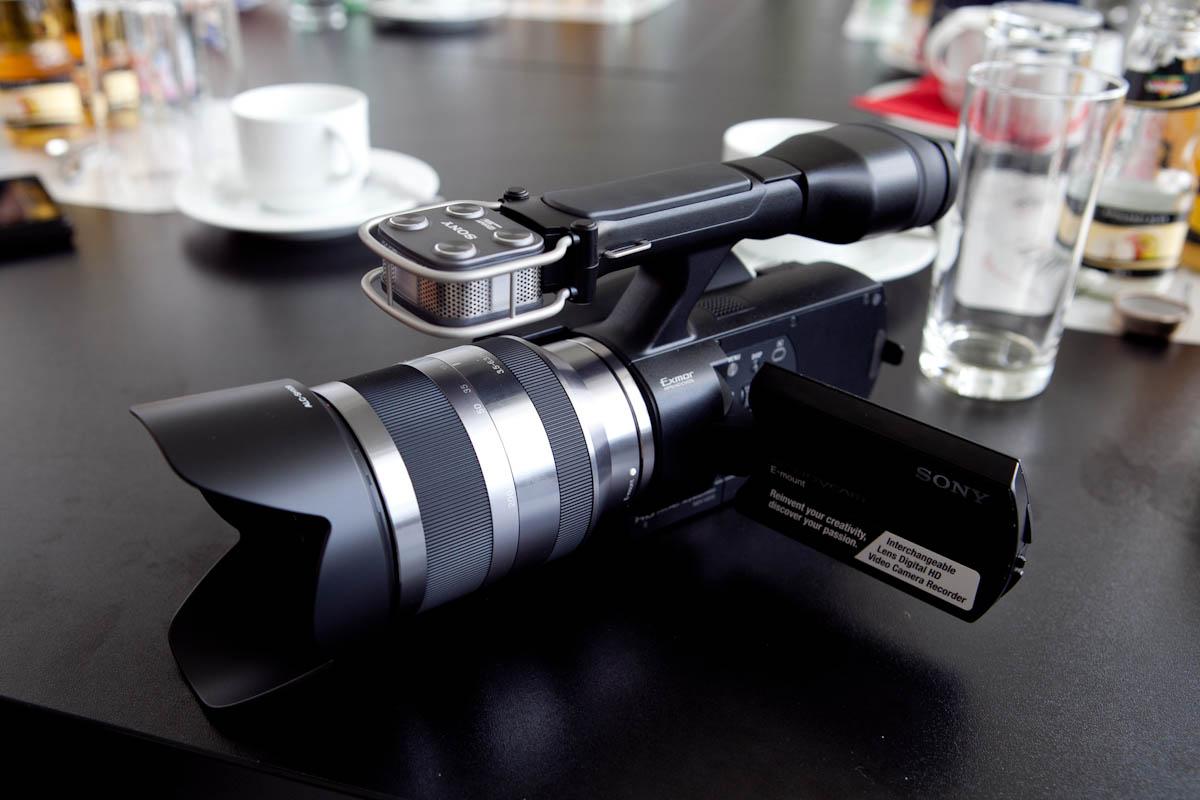 4_SonyCamcorder2.jpg